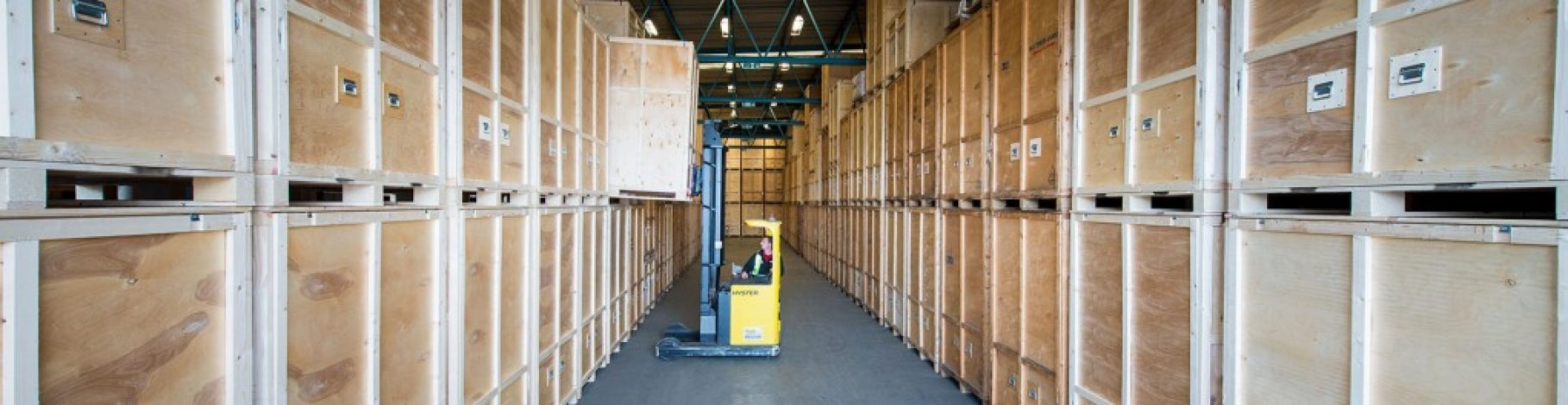 We offer storage in London, Barcelona, Madrid and Estepona.