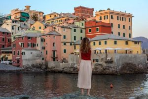 8 reasons to consider moving abroad